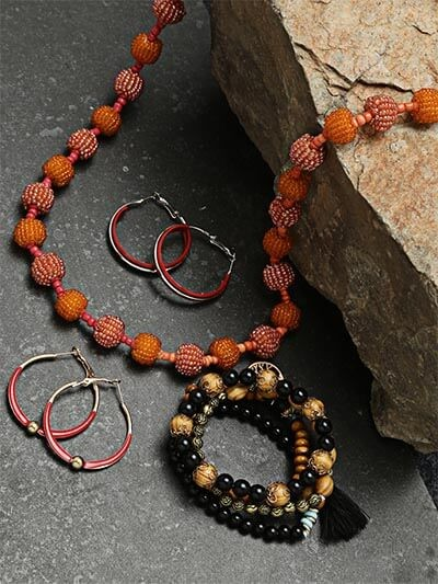 Set of Beaded Necklace, Bracelets and Red Earrings