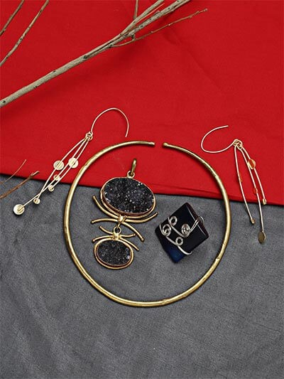 Set of Contemporary Choker Necklace, Ring and Earrings