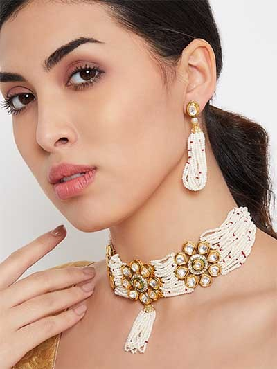White Gold-Plated Kundan Studded and Beaded Choker Necklace Set
