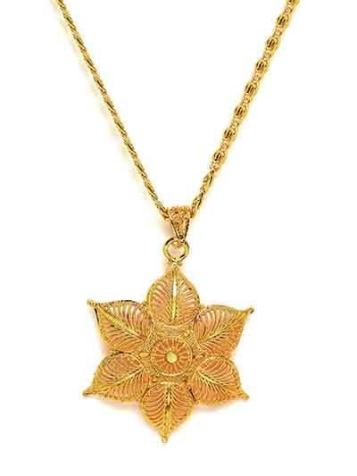Classic Golden Flower Ethnic Pendant Necklace
