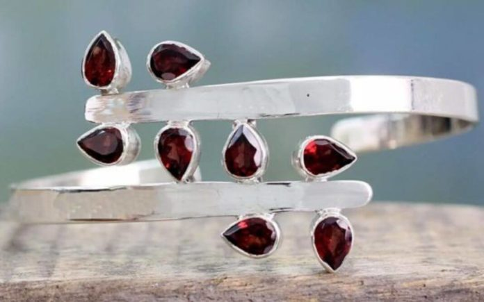 Garnet: Discover the beauty of January Gemstone