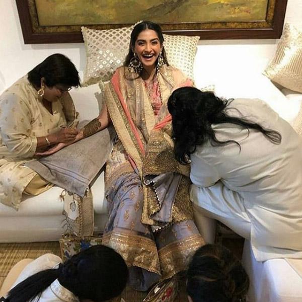 Everything you need to know about Sonam's Wedding Looks #sonamkishadi 2