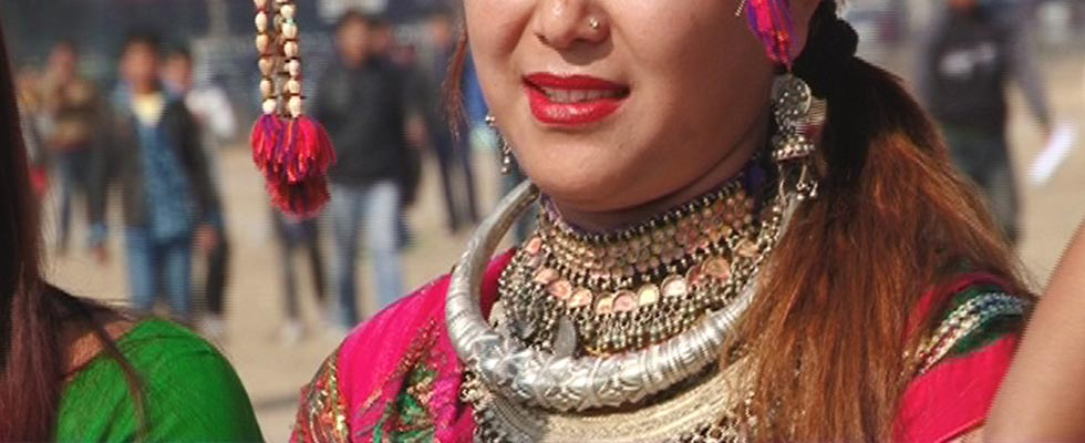 Traditional Attire and Jewellery of Uttrakhand-tharu tribe