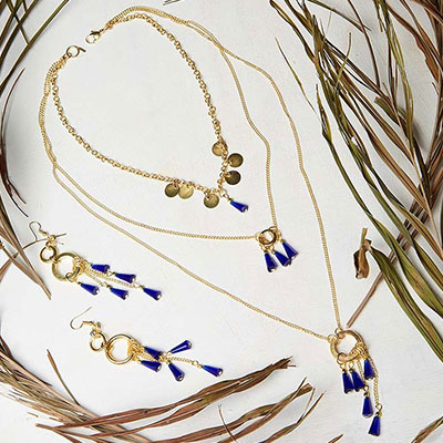 Duke Blue Layered Golden Chain Fashion Necklace Set With Earrings