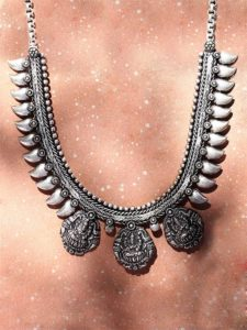 Stylish Tribal style Fashion Necklace for women