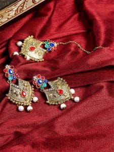 White Pearls Golden Earrings and Maang Tika Jewellery Set for Wedding