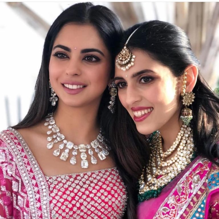 5 BEAUTIFUL (AND MOST EXPENSIVE) STATEMENT NECKLACES WE SPOTTED AT #AMBANIWEDDING