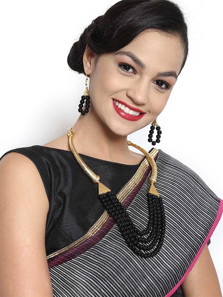 STATEMENT NECKLACES TO SPRUCE UP YOUR SAREE 2