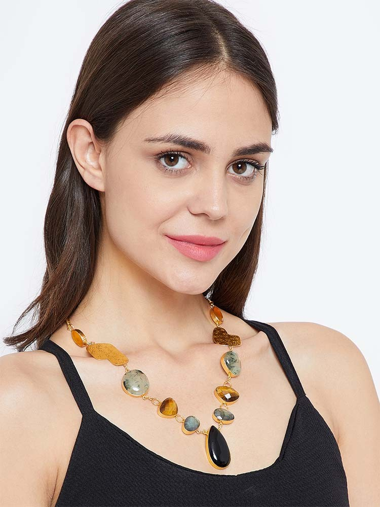 TRENDY DESIGNER NECKLACES  TO BUY IN EOSS 4