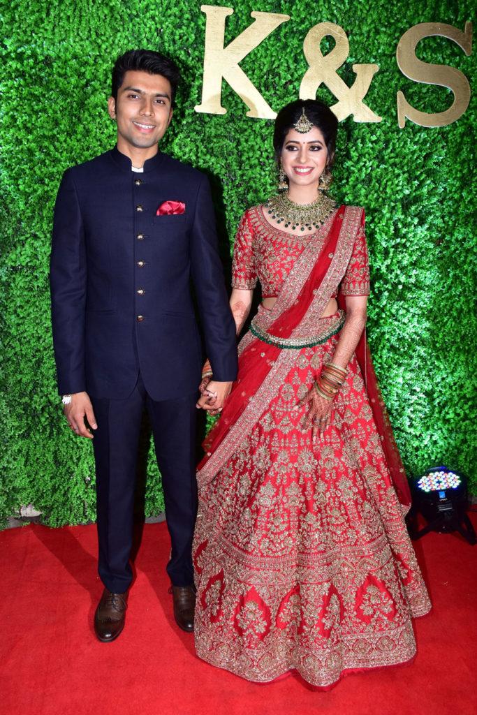 Bollywood Glitters at Lyricist Sameer's Daughter's Wedding Reception 3