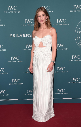 Checkout Celebs That Glittered at Geneva's SIHH 2019 Red Carpet 5