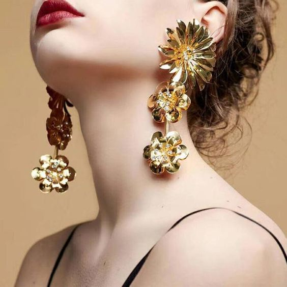 Long Earrings That Suit Every Girl 3