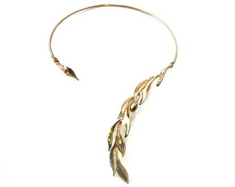 Make Way For Open Cuff Necklace Trend 2