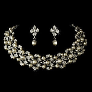 Perfect Jewellery Styles For Bridesmaids 3