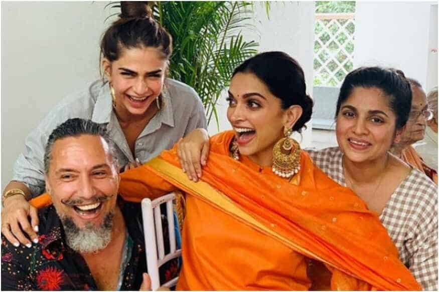 Here's Deepika Padukone Giving Us Some Real Jewellery Goals