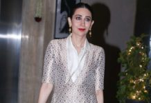 "Karishma Kapoor's latest look will make you say ""SOHNI KITNI SOHNI HAI"""