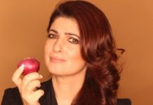 OH MY ONION!! Did Akshay Kumar really gift Onion Earrings to Twinkle Khanna?