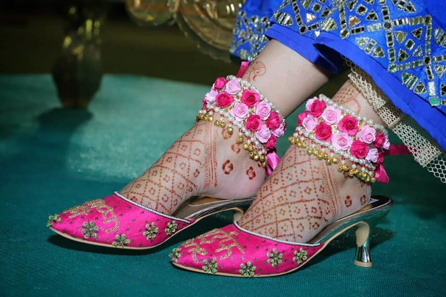 flower anklets