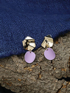 Have a lunch date? Check out these 5 stunning western earrings that'll help you rock your Lunch Date!