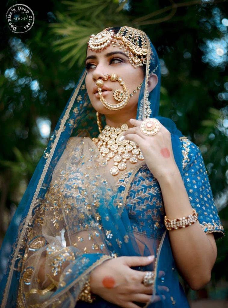 The Complete Guide: How To Pick Bridal Jewellery For Your Lehenga 12