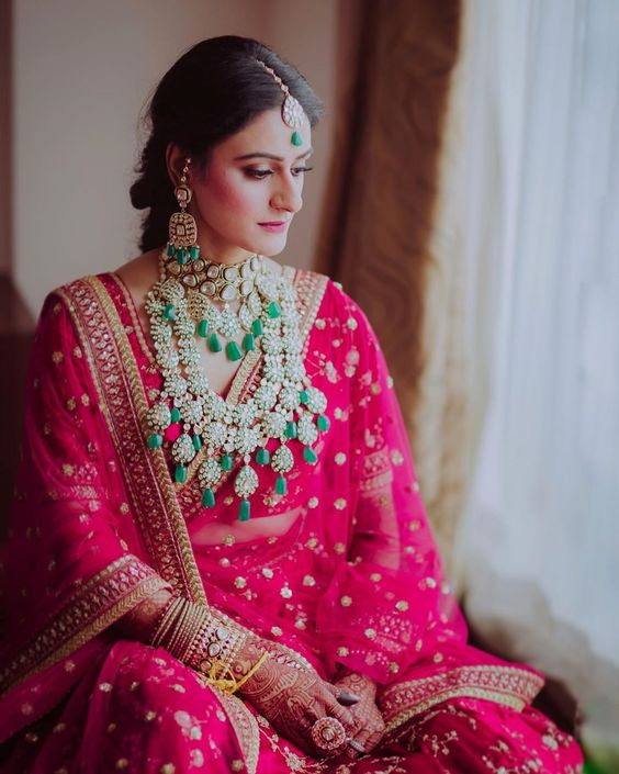 The Complete Guide: How To Pick Bridal Jewellery For Your Lehenga 3