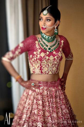 The Complete Guide: How To Pick Bridal Jewellery For Your Lehenga 8