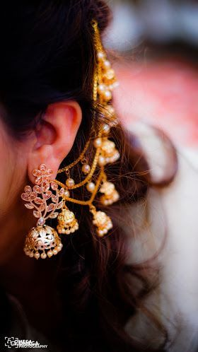 Top 5 Indian Looks For Girls-Traditional Outfits & Jewellery 6