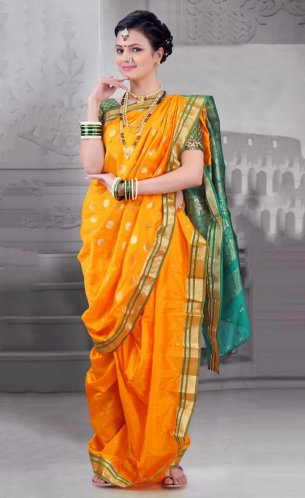 Top 5 Indian Looks For Girls-Traditional Outfits & Jewellery 2