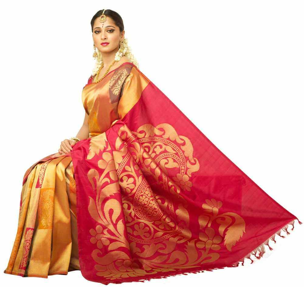 Top 5 Indian Looks For Girls-Traditional Outfits & Jewellery 7