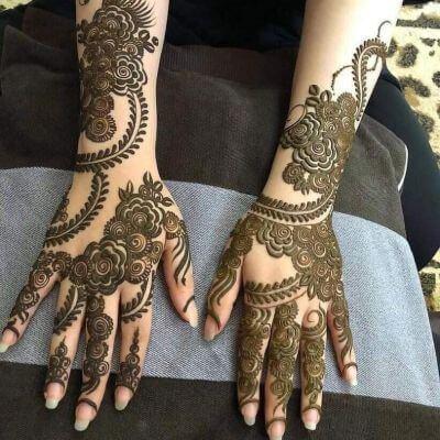 "12 Gorgeous Tattoo Mehndi Designs For ""The Bride"" & Bridesmaids 8"