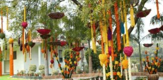10+ Ideas For Nailing The Stage Decoration In Indian Weddings