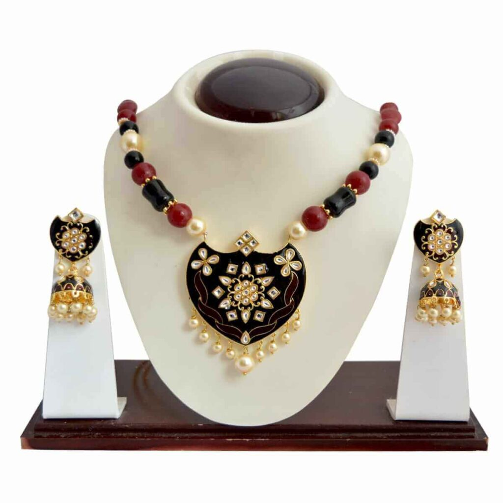 The Most Famous Jewellers Of Udaipur in Rajasthan-MK Jewellers