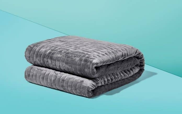 How To Choose The Right Blanket For The Bedroom?