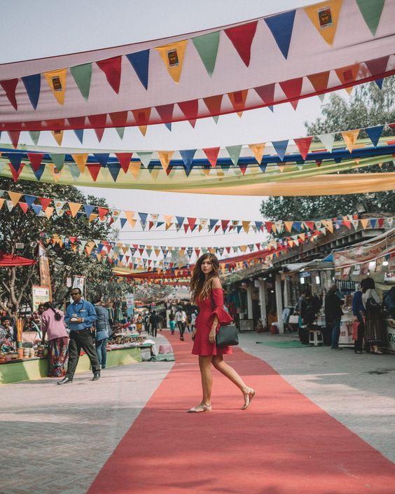 Famous Bazaars & Jewellers In Delhi: Delhi Haat