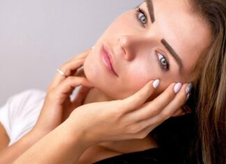 10 Easy Makeup Tips For Glowing Skin