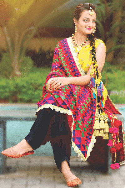 A Complete Guide: Traditional Dress In Punjab 1
