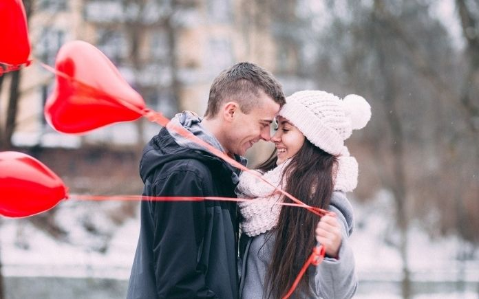 5 Ideas To Make Your First Date A Success